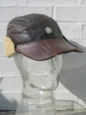 """An USAAF enlisted man """"crusher"""" style visor cap in chocolate brown ..."""